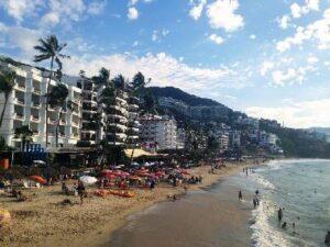 beachfront hotels puerto vallarta