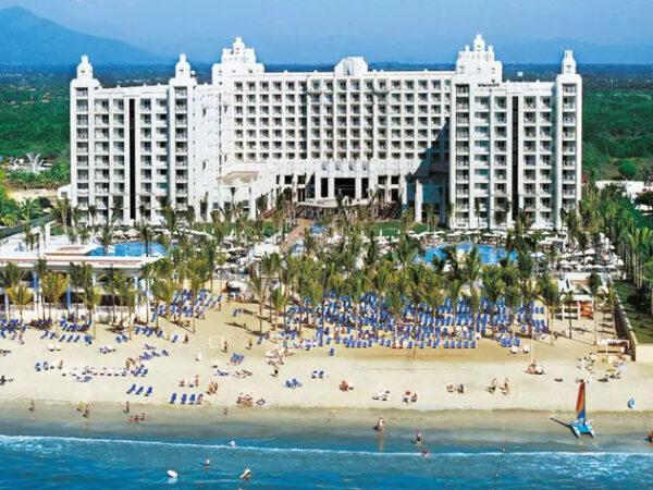 Sayulita Resorts
