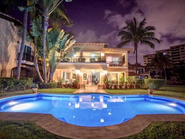 Best Vacation Villas for Rent in Puerto Vallarta