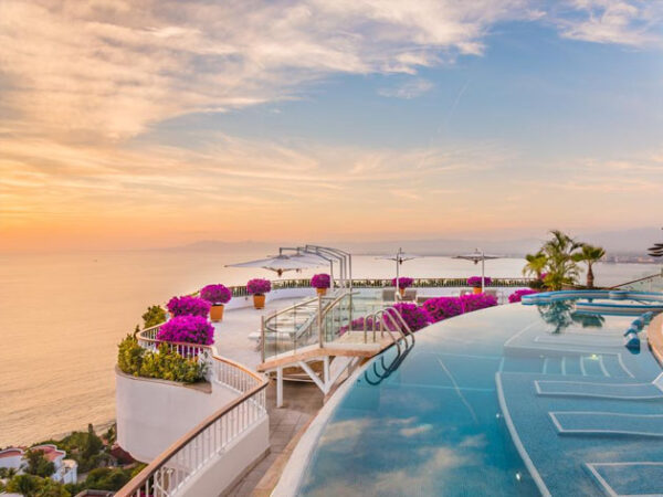 Where is the best area to Stay in Puerto Vallarta Mexico
