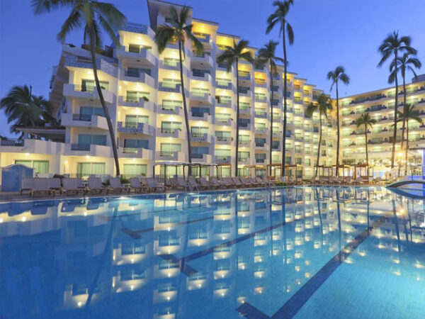 best places to stay in Puerto Vallarta all inclusive